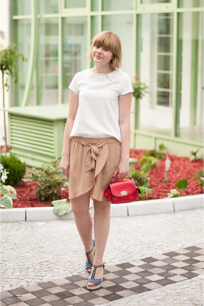 red OASAP bag - tan H&amp;M skirt - white Sheinside blouse - navy sholove wedges