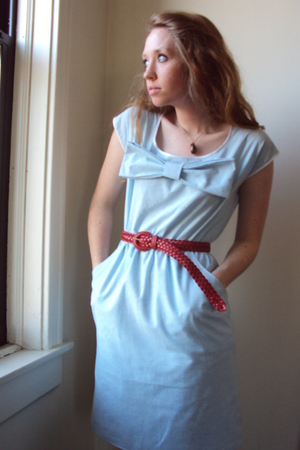 blue fancy clothing dress - red thrifted belt - gold old but new necklace
