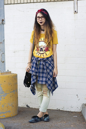 yellow Romwecom t-shirt - light blue UNIF jeans - navy Goodwill shirt
