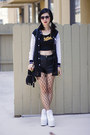 White-yru-shoes-black-unknown-jacket-black-akira-chicago-bag
