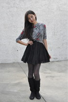 charcoal gray hello kitty Forever21 shirt - black unknown boots