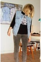 H&M Trend vest - threadlesscomj t-shirt - Dr Denim jeans