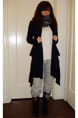 boots - H&amp;M blazer - Mossimo - f21 - Levis jeans - scarf