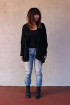 black shoemint boots - light blue thrifted Levis jeans - black LF stores sweater