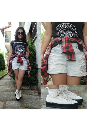 Ebay t-shirt - Levis shoes - Forever 21 shorts