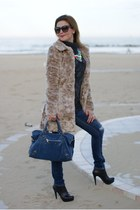 cream faux fur Lipsy jacket - black Roberto Botticelli boots - blue Zara jeans