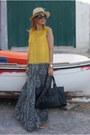 Mustard-steve-madden-shoes-off-white-ecua-andino-hat-black-goldie-skirt
