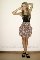 black supre top - Hipster skirt - black Le Bonne shoes