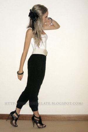 white supre top - black Dotti pants - black Varsavia shoes - diva bracelet