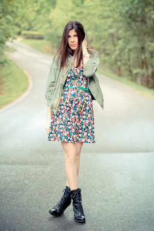Guess boots - French Connection dress - music festival Dress &amp; Co jacket - Marc 