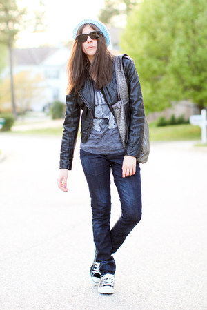 skinny volcom jeans - beanie volcom hat - leather Bebe jacket - volcom bag - Con