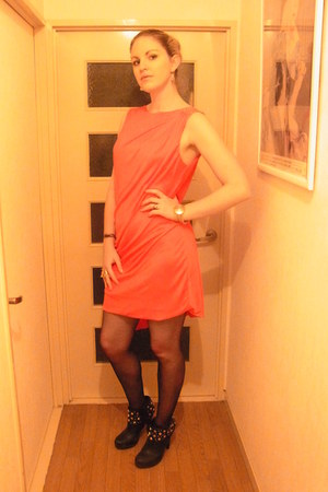 red cape dress Versace for H&M dress - black Forever 21 boots
