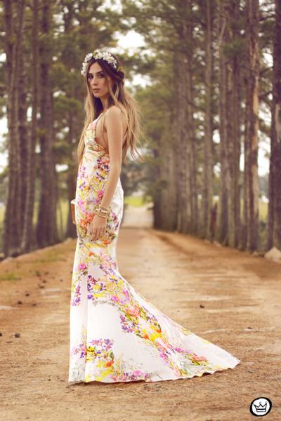 white Moikana dress