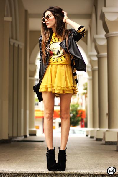 mustard awwdore skirt - mustard romwe t-shirt - black Mila e uma coisas bracelet
