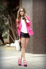 Hot-pink-renner-blazer-white-makenji-shirt-black-janelle-bracelet