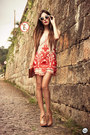 Ruby-red-choies-dress-camel-zerouv-sunglasses-beige-kafé-bracelet