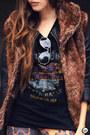 Black-boda-skins-jacket-dark-brown-displicent-leggings
