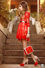 Red-feeluxury-dress-ruby-red-pomikaki-bag