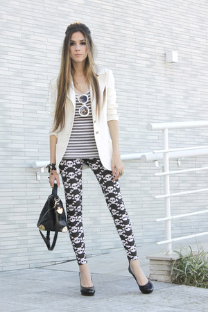 black skull Labellamafia leggings - black leather Romwecom bag