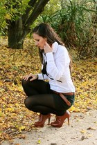 brown lace-up Chinese Laundry heels - white fitted camaieu shirt