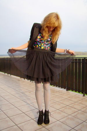 black vintage skirt - purple vintage bra - black second hand blazer - black web