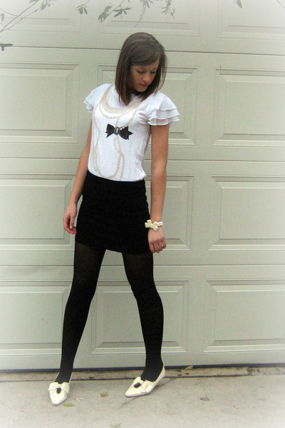 Forever 21 Twist shirt - Forever 21 skirt - Forever 21 tights - Vintage Kennith