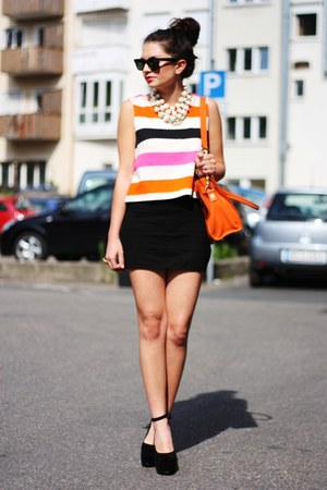 orange Michael Kors bag - black Nelly wedges