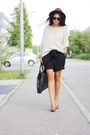 Black-new-yorker-shorts-neutral-h-m-suit-brown-deichmann-heels