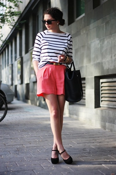salmon Oasis shorts - black VJ-style bag