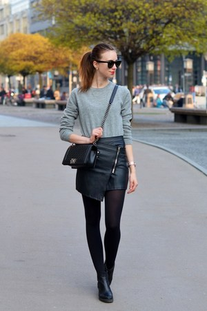 black vagabond boots - silver COS sweater - black hm tights - black Chanel bag