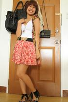 shirt - H&M top - belt - Forever21 skirt - Forever21 shoes