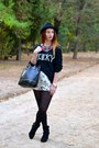 Black-stradivarius-boots-zara-shorts-black-blanco-jumper