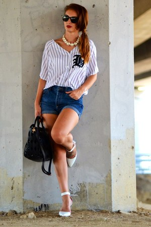 white H&M shirt - white Stradivarius shoes - BLANCO bag