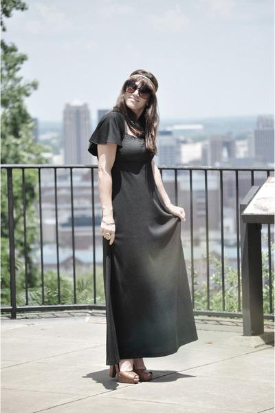 black thrifted vintage dress - platforms Charlotte Russe heels