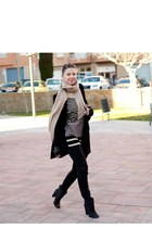 cream Bershka scarf - black RED valentino coat - nowIStyle jumper