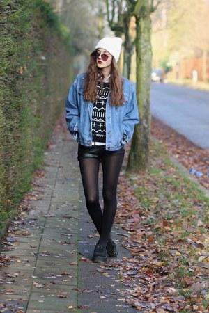 suede creeper Demonia shoes - denim vintage jacket - cross print awwdore sweater