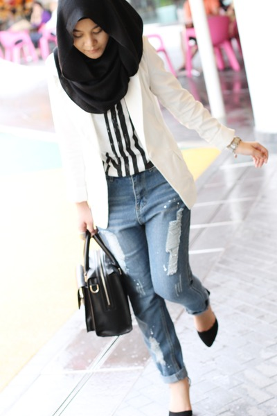 white blazer - black scarf