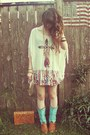 Charlotte-russe-boots-urban-outfitters-shirt-vintage-bag