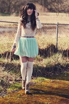 aquamarine rire boutique skirt - eggshell Guess socks - eggshell Chicwish blouse