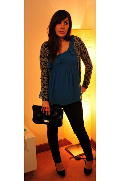 gray Mango cardigan - black pull&bear jeans - blue Topshop top