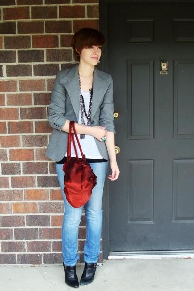thrifted blazer - Express t-shirt - Express necklace - thrifted purse - Express