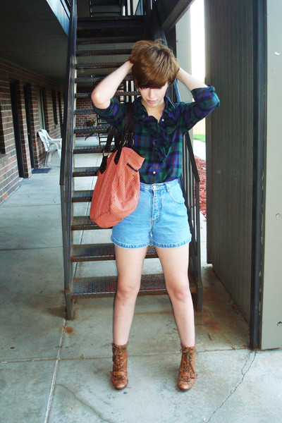 American Living blouse - thrifted shorts - gift from grandmother purse - Nine We