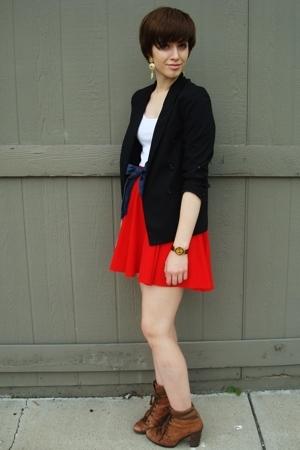 vintage blazer - vintage skirt - off some shorts belt - Nine West boots - f21 ea