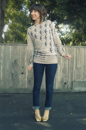 peach crossroads second hand sweater - gold crossroads second hand shoes