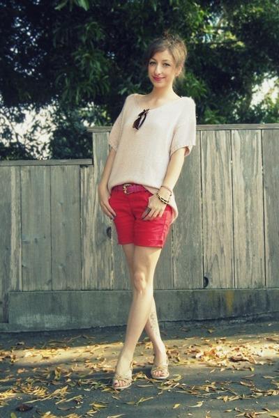 red DIY shorts - bubble gum thrifted vintage belt - light pink H&M top