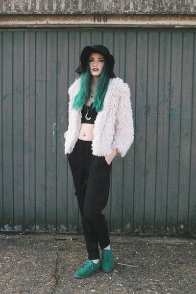 ivory shaggy coat H&M jacket - black floppy hat H&M hat - black H&M top