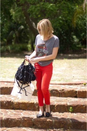 red Topshop jeans - black Alexander Wang bag - heather gray nastygal t-shirt