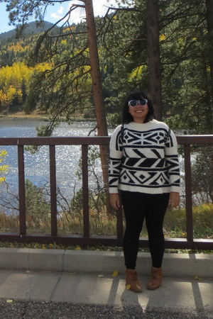 Mango sweater - Stradivarius boots - romwe sunglasses