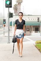 Finders Keepers shirt - Ray-Ban 3025 sunglasses - Jimmy Choo pumps