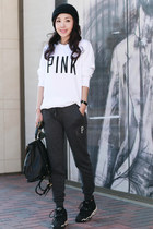 crew top victorias secret pink top - asos hat - Marc by Marc Jacobs bag